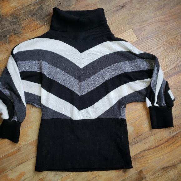 BCX Sweaters - BCX sweater v stripes turtle neck size M - H10